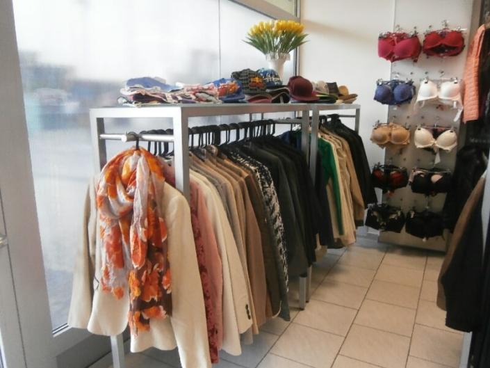 Prodejny dámských a pánských oděvů